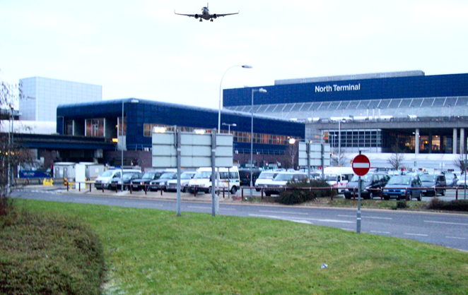 London gatwick airport car parking